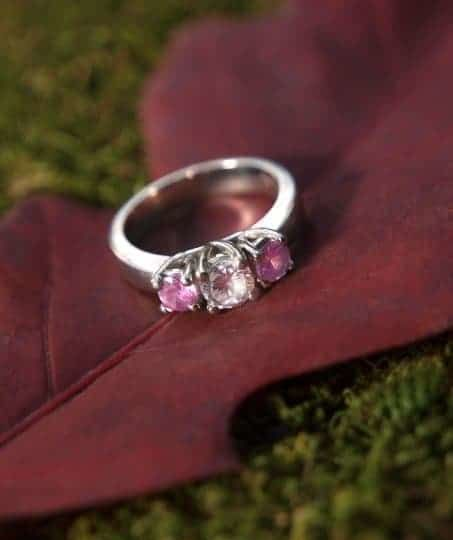 selling diamond ring