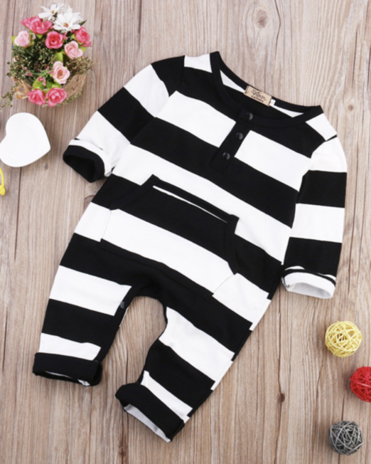 black and white trendy baby clothes